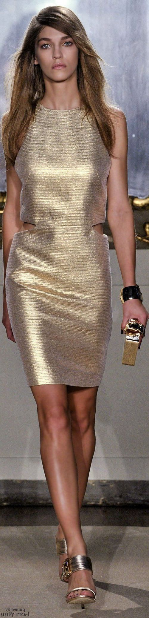 Metallic Clothes & Accessories For Women 2019