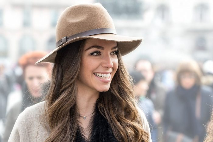 How To Style Fedora Hats For Women 2019 – WardrobeFocus.com 425a1ed68
