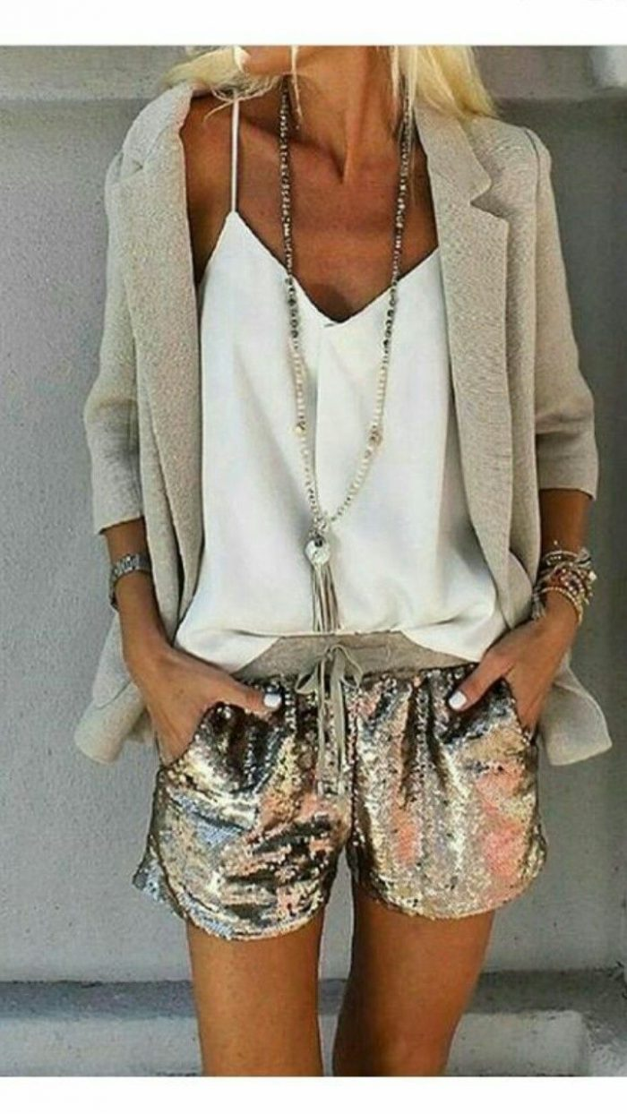 2018 Sequined Clothes For Women Awesome Ideas To Try Now (13)