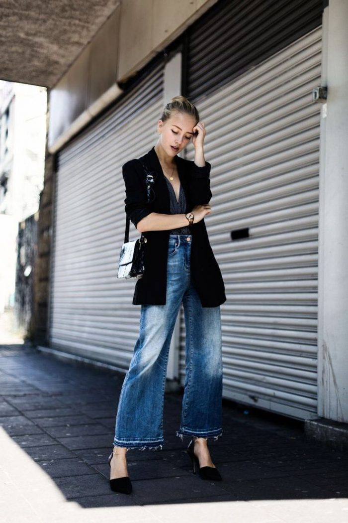 2018 Washed Out Jeans For Women (1)