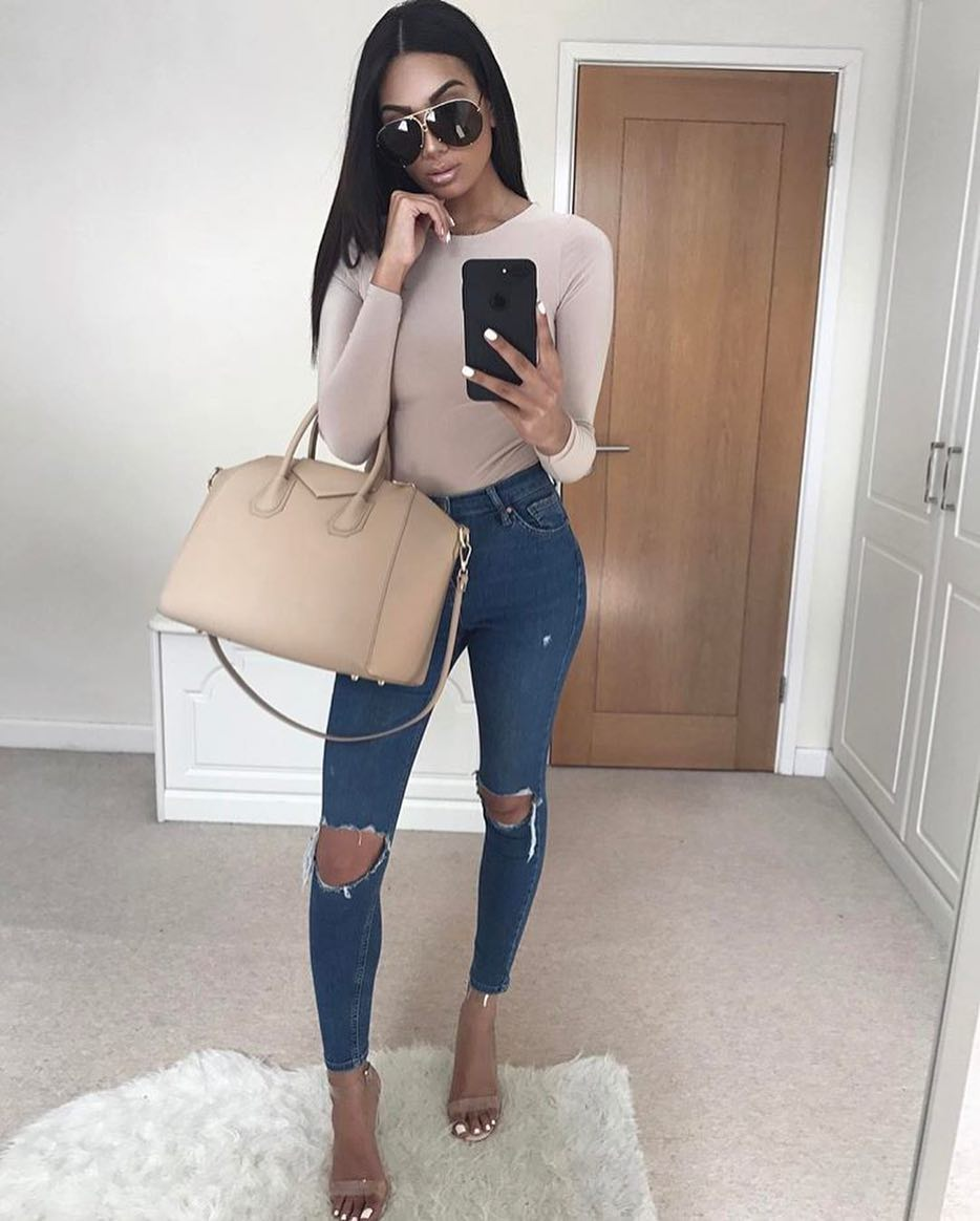 OOTD With A Cream-Beige Bodysuit With Long Sleeves For Summer 2019