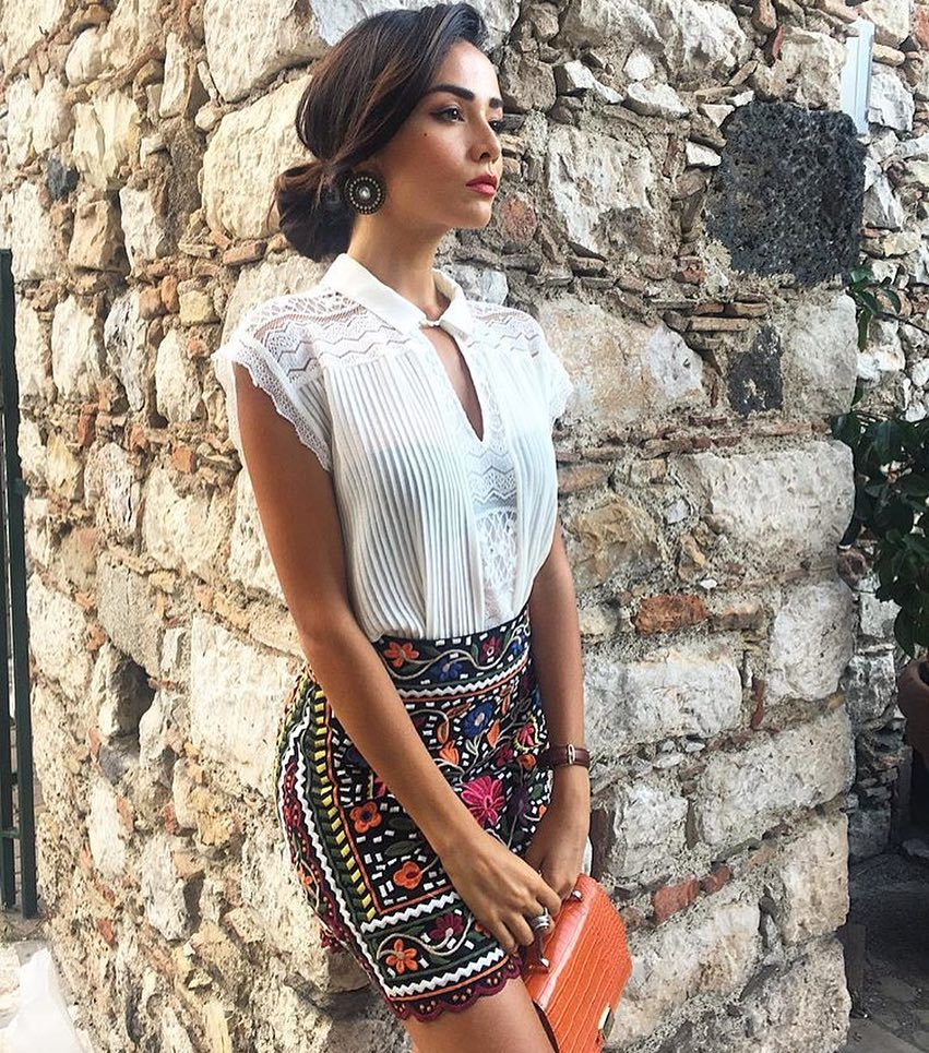 How To Wear Black Embroidered Floral Boho Mini Skirt This Summer 2021