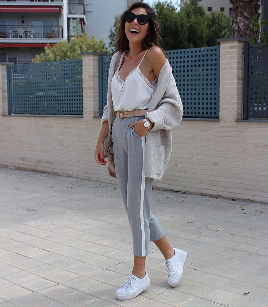 Monochrome Outfit Idea With Light Grey Cardigan For Spring 2020