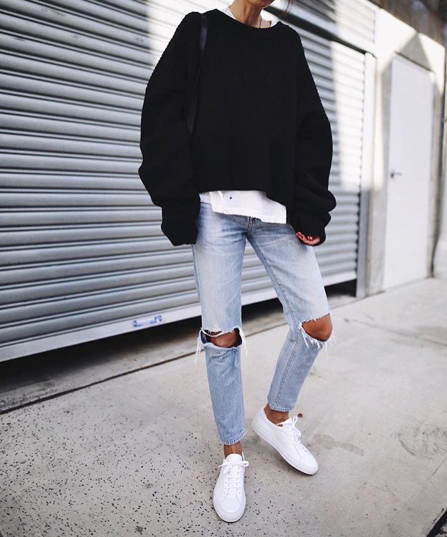 Casual Normcore Outfit With Black Oversized Sweater For Spring 2020