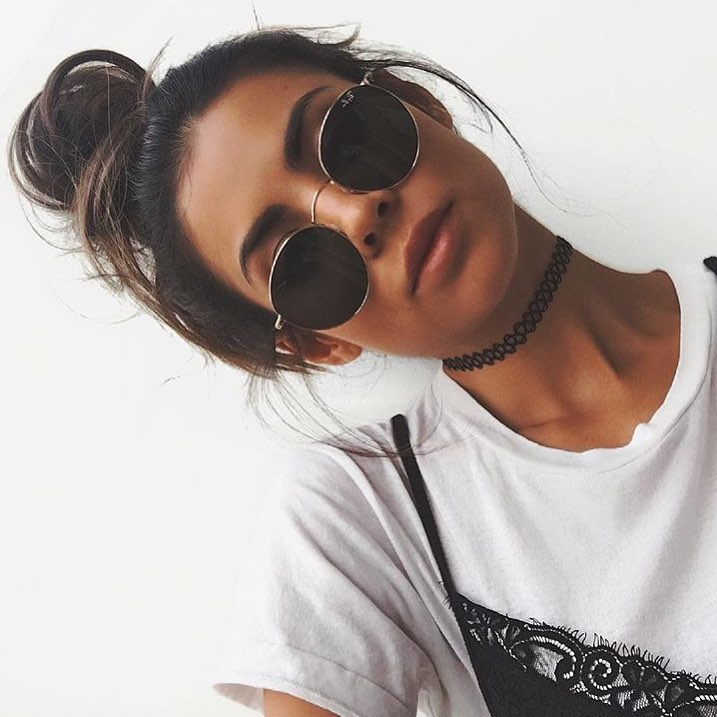 How To Style Rounded Sunglasses This Summer 2020