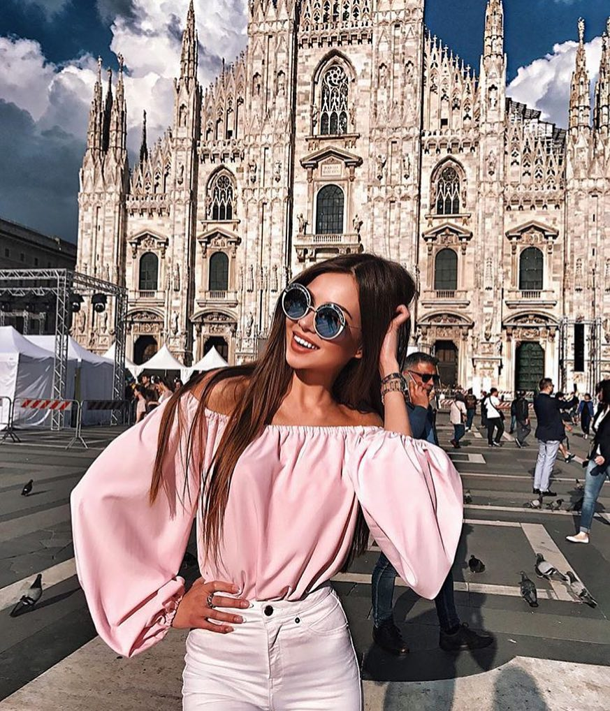 Light Pink Off Shoulder Top With Puffy Sleeves For Summer Italy Vacation 2019