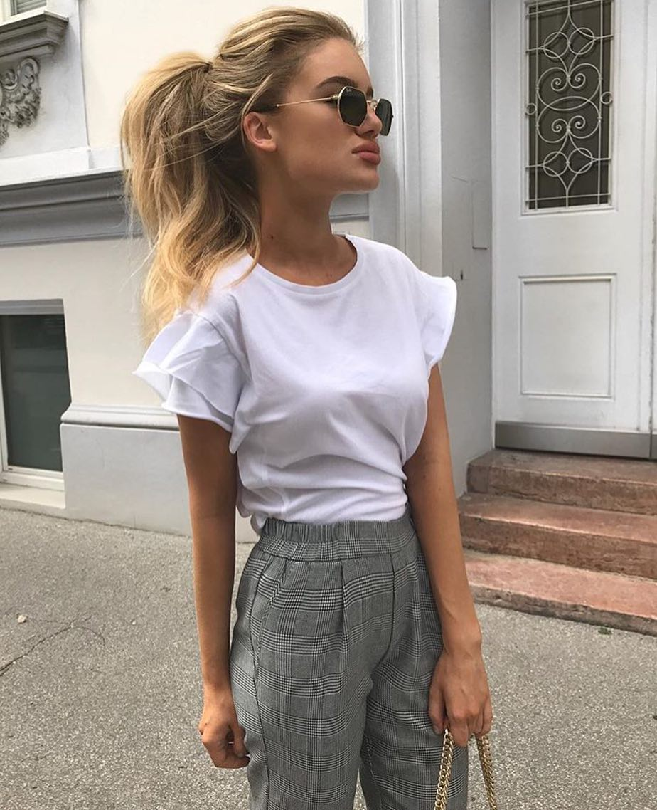 How To Wear White T-Shirt With Plaid Print Pants This Summer 2019