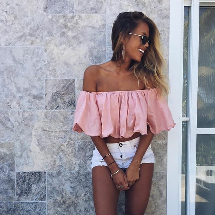 How To Wear Off-Shoulder Blush Crop Top This Summer 2020