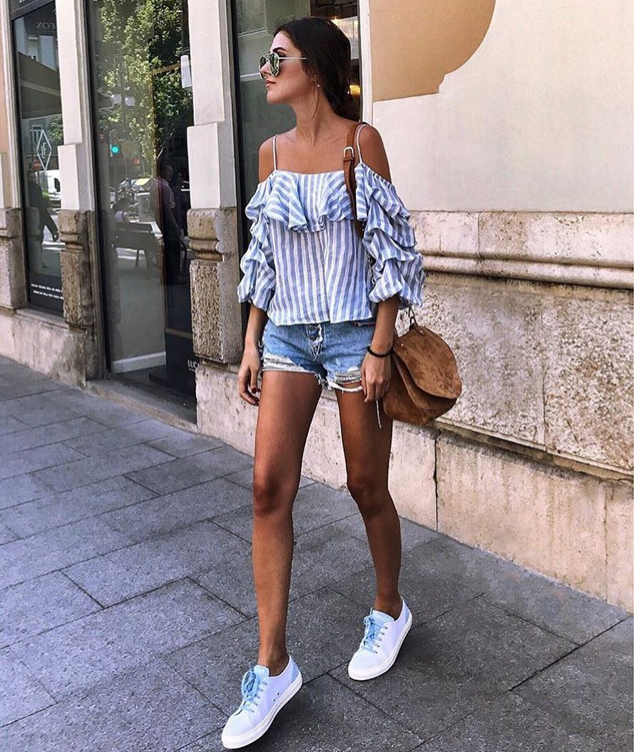 How To Wear Pinstripe Drop Shoulder Top With Spaghetti Straps This Summer 2020