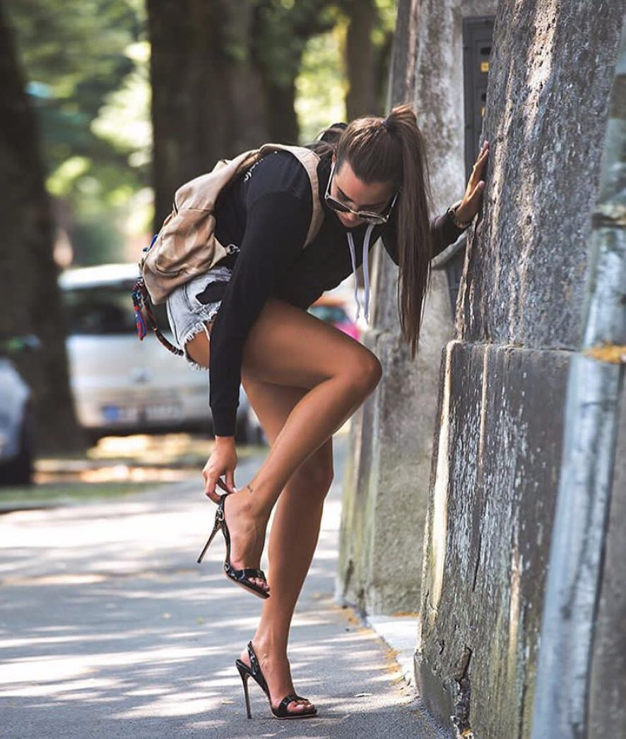 Black Hoodie With Blue Denim Shorts And High Heeled Sandals 2020