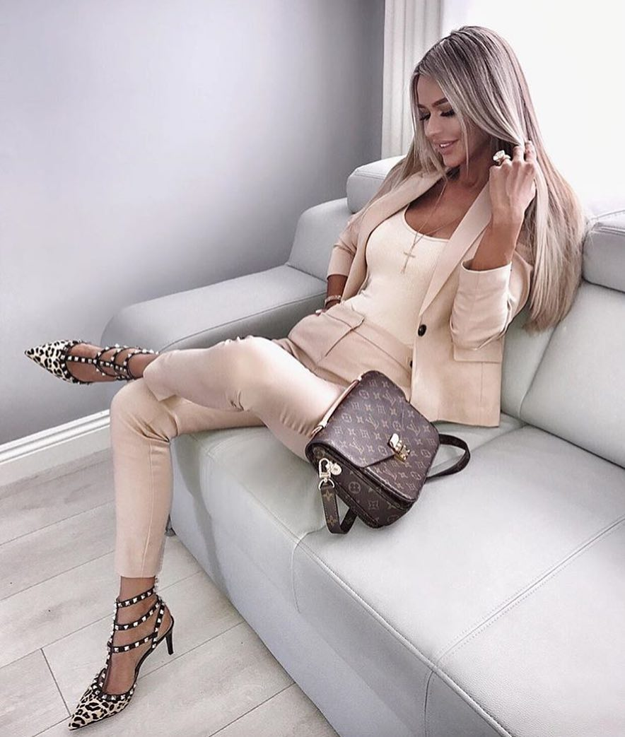 Cream Blush Pantsuit For Summer Business Casual Look 2019