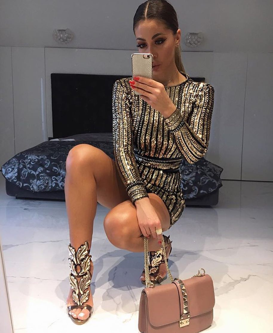 Long Sleeve Gold Sequined Dress And Gold Embroidered Sandals For Fancy Parties 2020