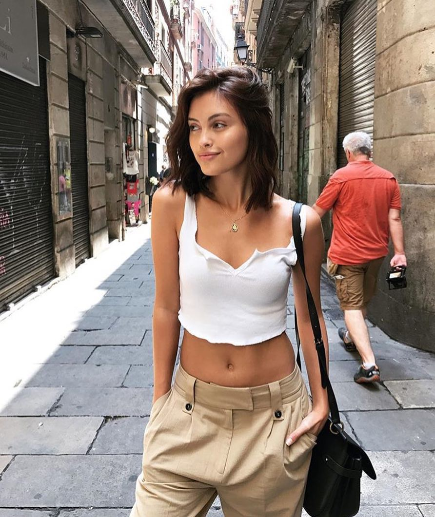 Slouchy Safari Style Pants And Crop Tank Top In White For Italian Summer 2019