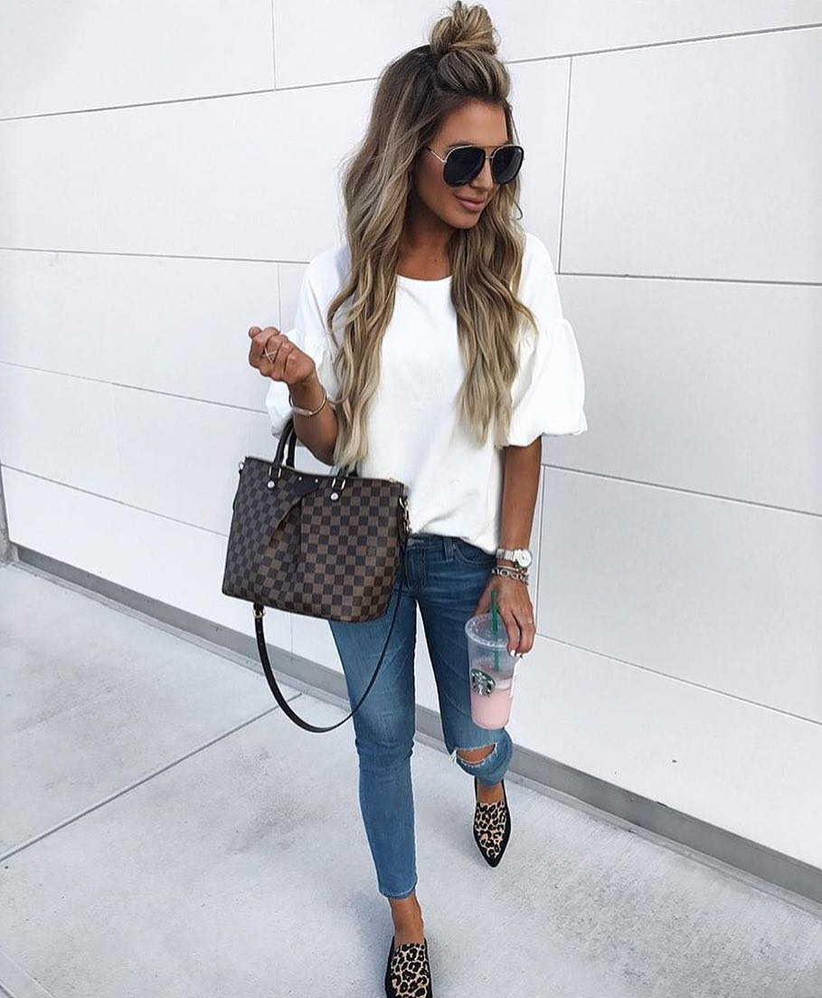 White Tee With Puff Sleeves For Summer 2019
