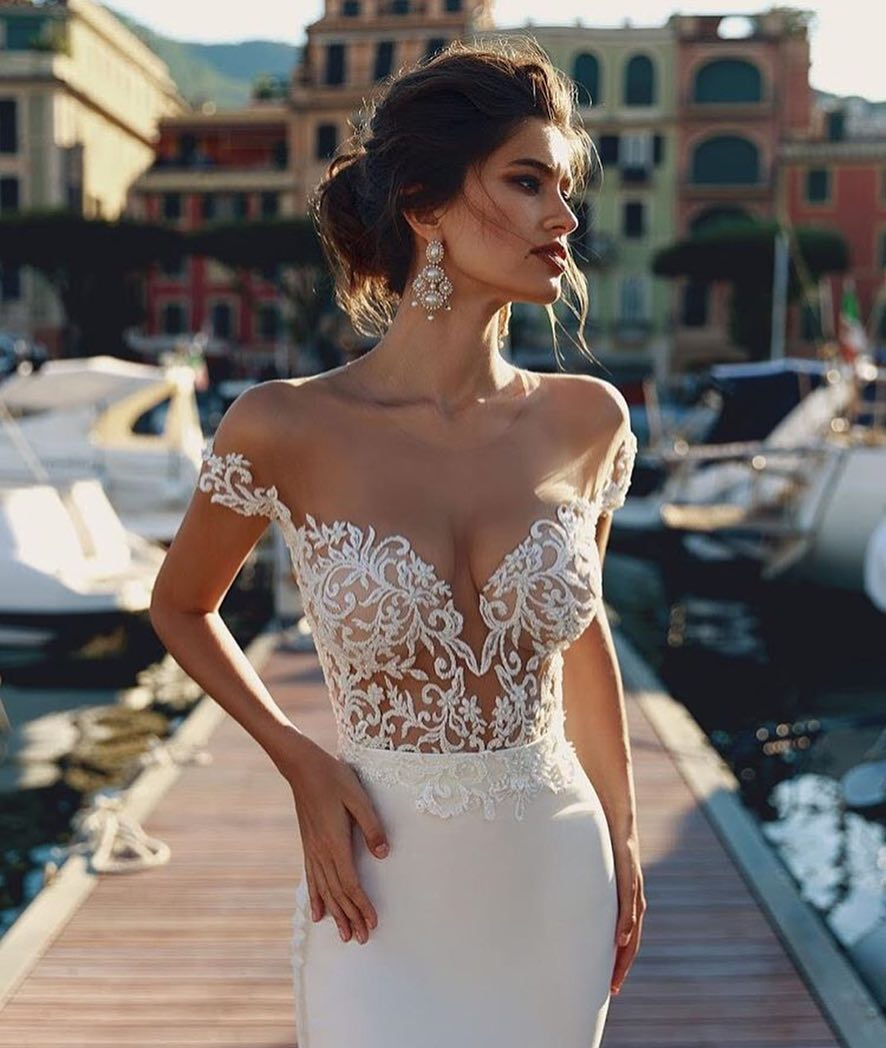 Can I Wear White Bridal Dress With Lace Top 2020