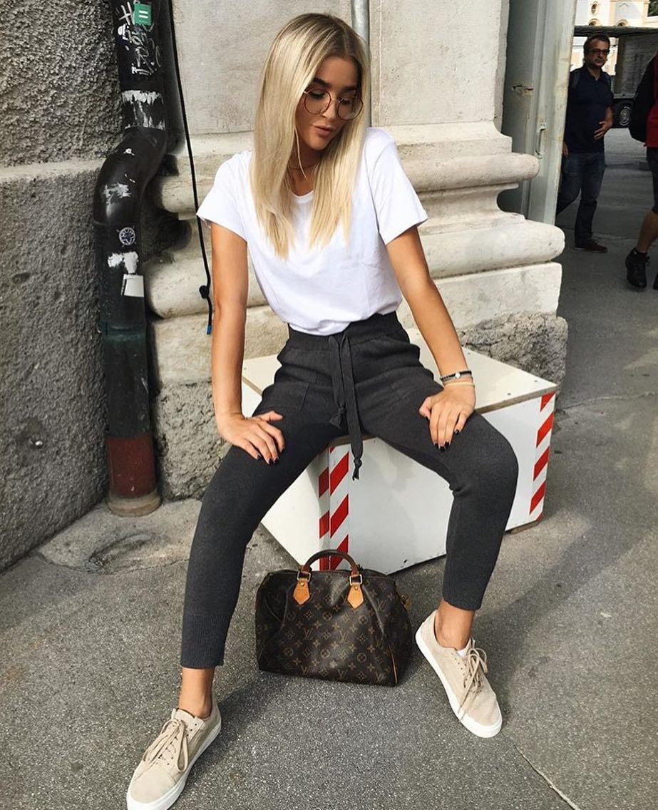 White Tee, Wool Joggers In Grey And Beige Kicks For Casual Street Walks 2019