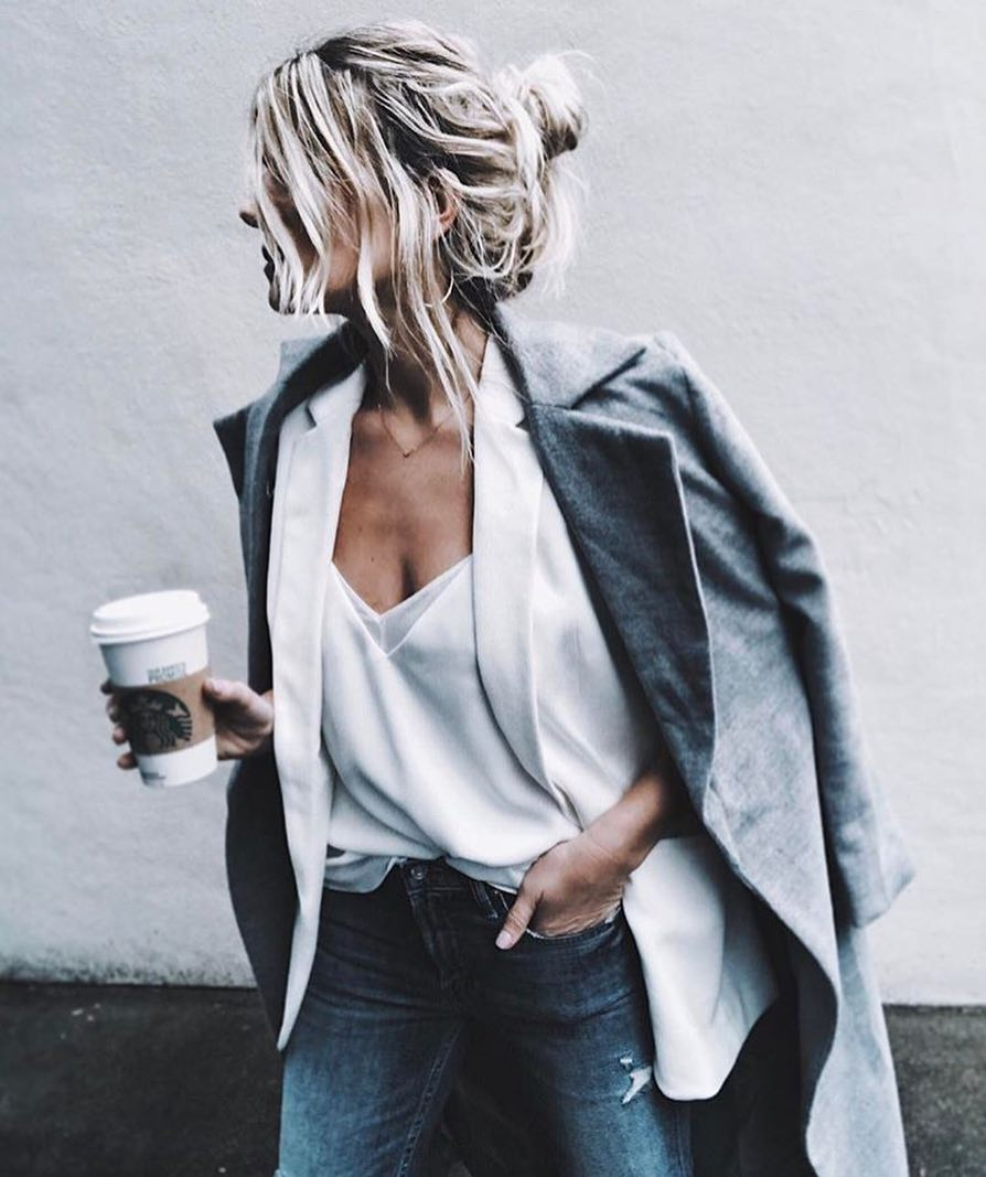 How To Create Layered Look This Spring With White Blazer And Grey Coat 2019