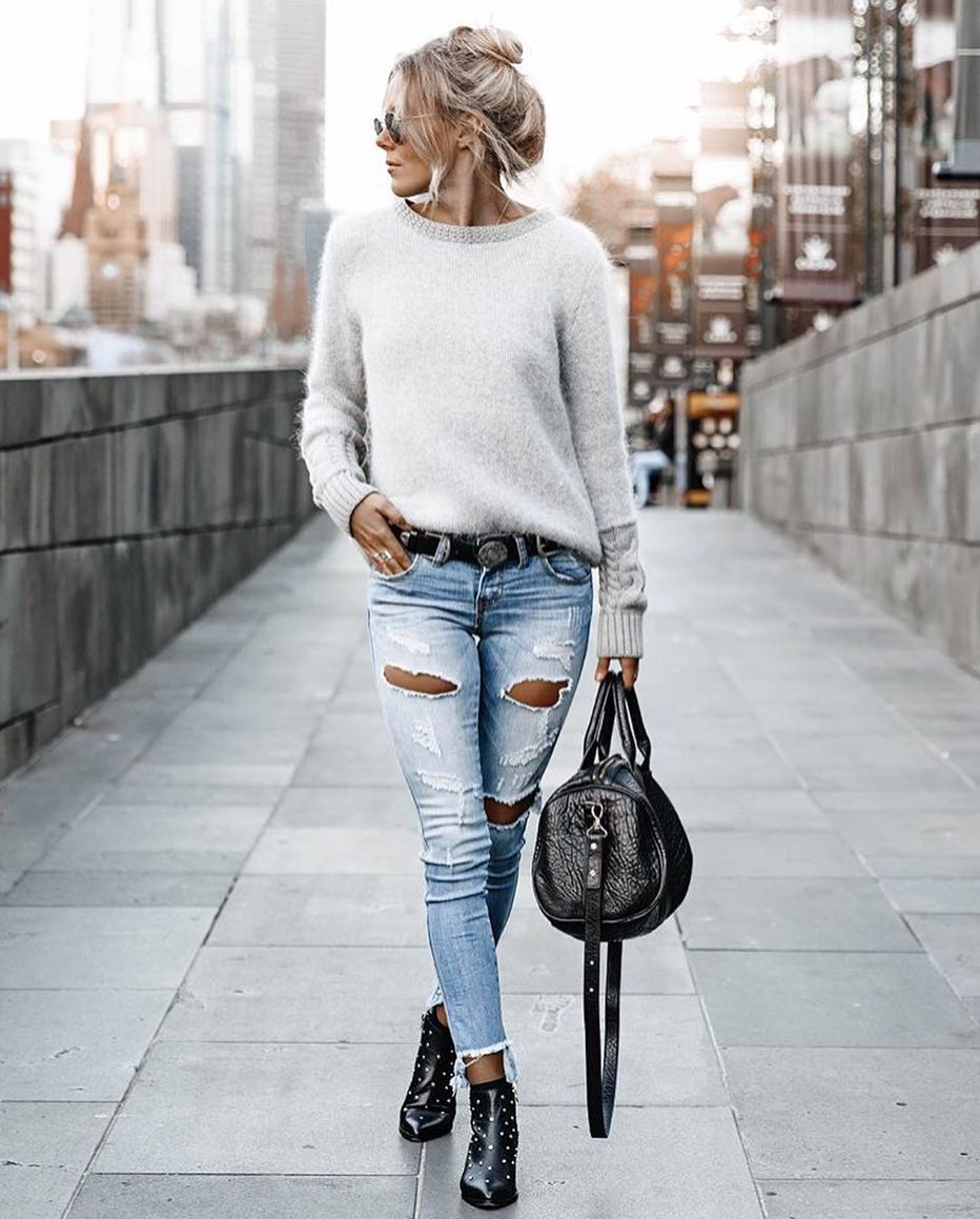 Light Grey Mohair Sweater And Ripped Slim Jeans In Wash Blue For Spring 2019