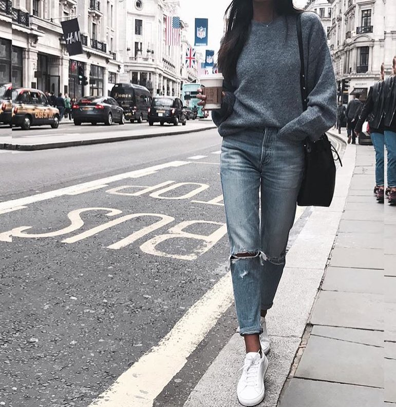 How To Make Grey Sweater Look Awesome With Knee Ripped Jeans 2019