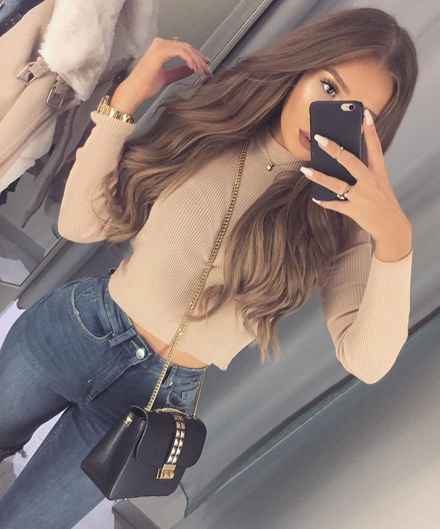 Beige Knitted Sweater And High Rise Skinny Jeans For Summer 2019