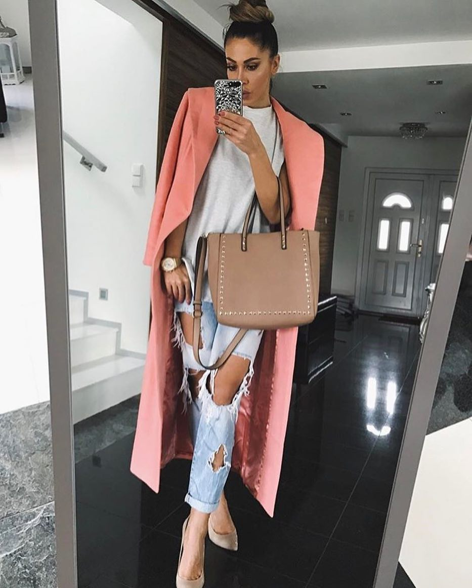 How To Wear Maxi Wool Coat In Pink During Warm Days 2021