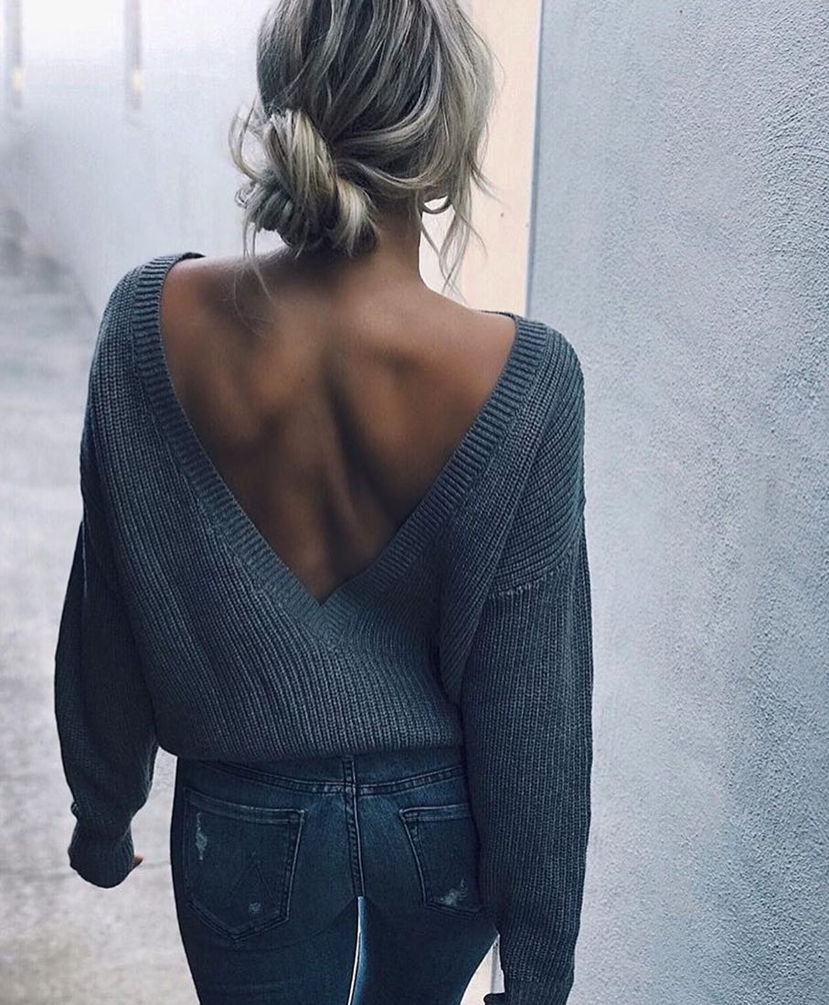 Open V-Back Grey Sweater And Grey Skinny Jeans For Spring 2020