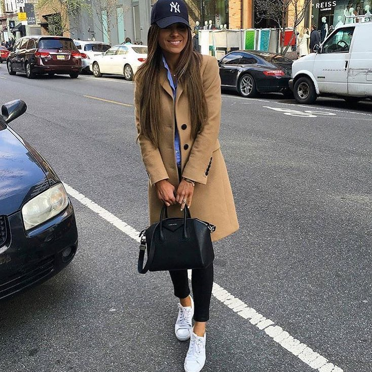 Tailored Camel Coat With Baseball Cap And White Sneakers For Spring 2020