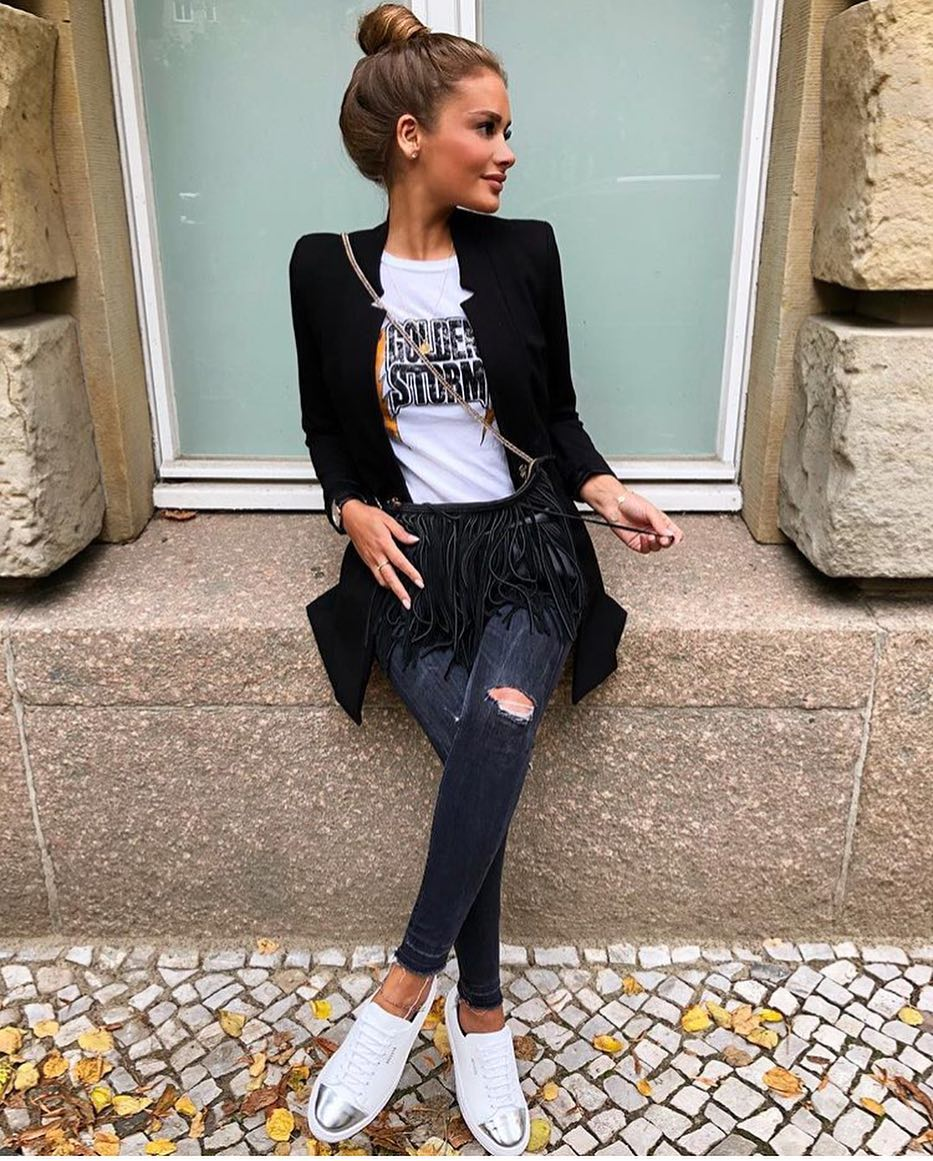 Black Blazer With Rock Band White T-Shirt And Charcoal Skinny Jeans For Summer 2020