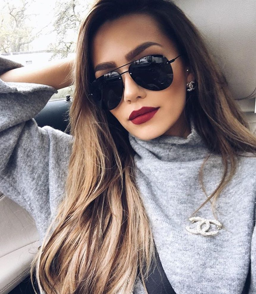 Light Grey Oversized Sweater And Black Aviator Sunglasses 2020