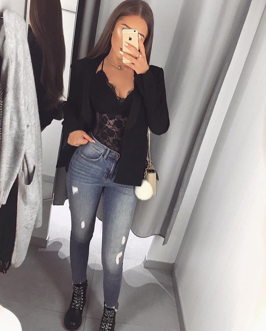 How To Style Black Blazer And Blue Jeans 2020