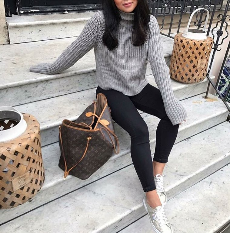 How To Wear Grey Turtleneck Sweater This Fall 2020