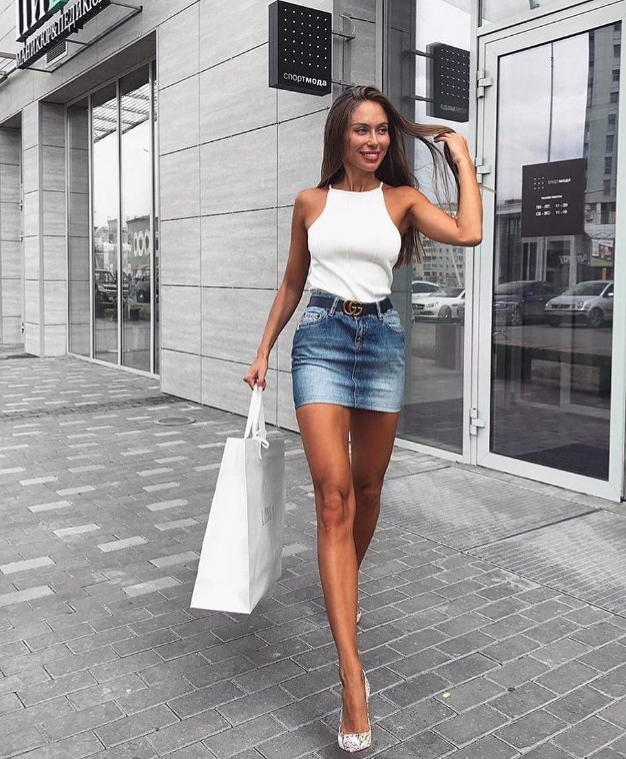 High Neck Sleeveless White Top And Denim Mini Skirt For Summer 2020