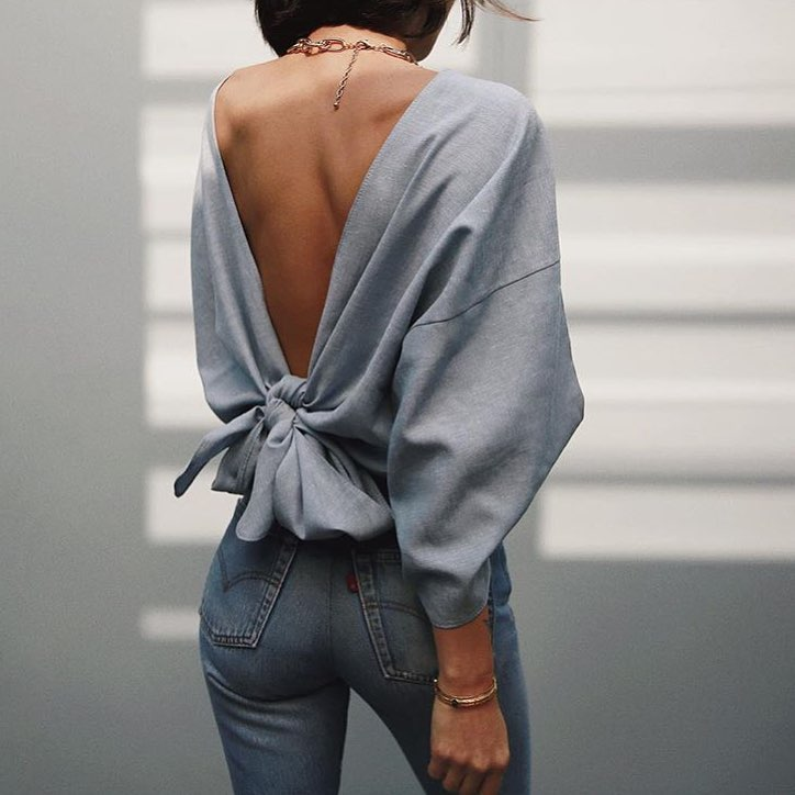 Oversized Open Back Grey Top And Wash Blue Skinny Jeans For Spring 2019